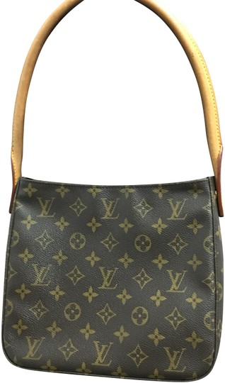Preload https://img-static.tradesy.com/item/24476770/louis-vuitton-looping-mm-monogram-hobo-bag-0-1-540-540.jpg