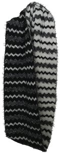 Icing Icing Black & White Reversible chevron Infinity Scarf
