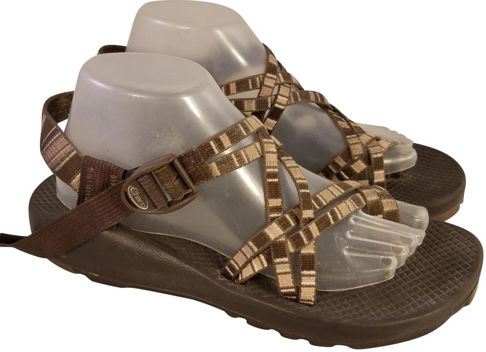 537595ad9899 Chaco brown and beige woman vibram sole sandals size us regular jpg 960x695 Vibram  sandals