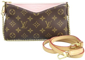 Louis Vuitton Lv Pallas Monogram&Pink Clutch