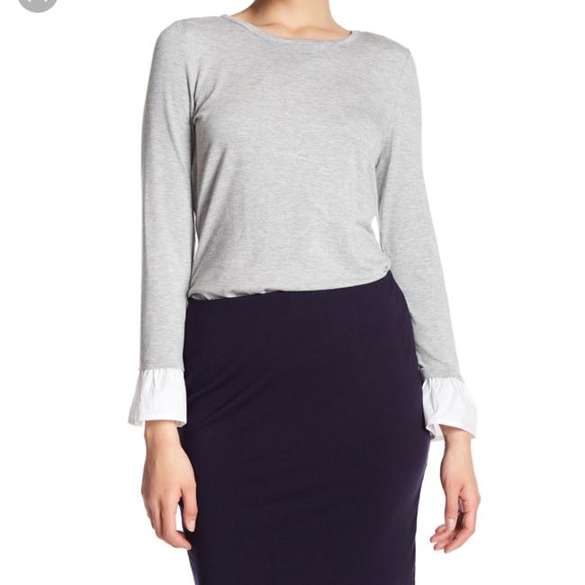 Preload https://img-static.tradesy.com/item/24477872/vince-camuto-cuffs-blouse-size-8-m-0-0-650-650.jpg