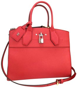 Louis Vuitton Tote in Ruby