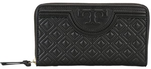 Tory Burch NEW TORY BURCH BLACK QUILTED LEATHER FLEMING BAG WALLET ZIP NWT