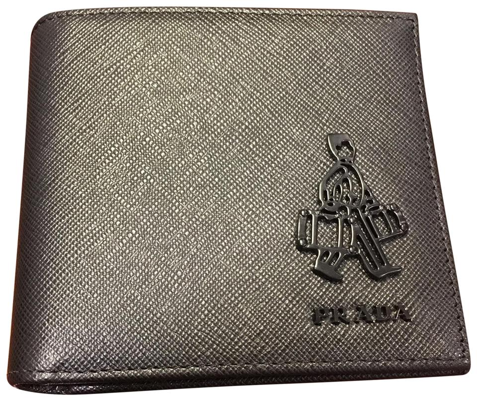 13ac038bc4 Prada Black Saffiano Bi Fold Men's Leather Wallet