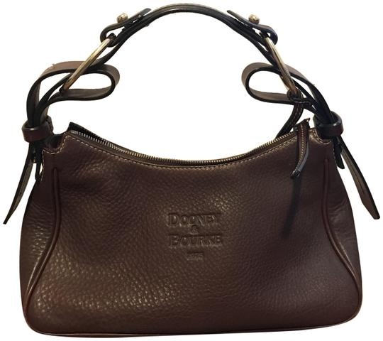 Preload https://img-static.tradesy.com/item/24480536/dooney-and-bourke-chocolate-pebbled-leather-hobo-bag-0-1-540-540.jpg
