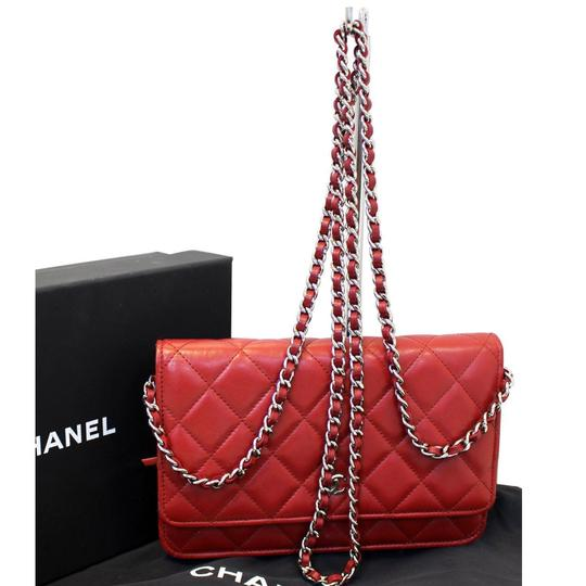 Preload https://img-static.tradesy.com/item/24480656/chanel-wallet-on-chain-quilted-leather-crossbody-shoulder-bag-0-0-540-540.jpg