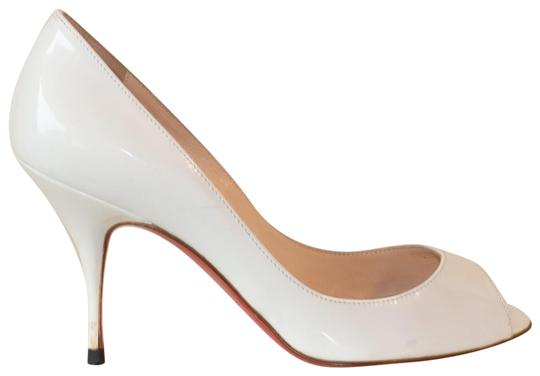 Preload https://img-static.tradesy.com/item/24480671/christian-louboutin-white-patent-leather-pumps-size-eu-355-approx-us-55-regular-m-b-0-1-540-540.jpg