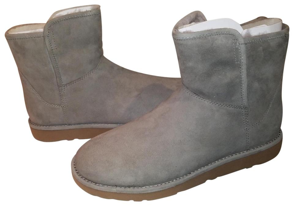 95705a0b7cd UGG Australia Grey Rock Ridge Abree Mini Boots/Booties Size US 9 Regular  (M, B) 52% off retail
