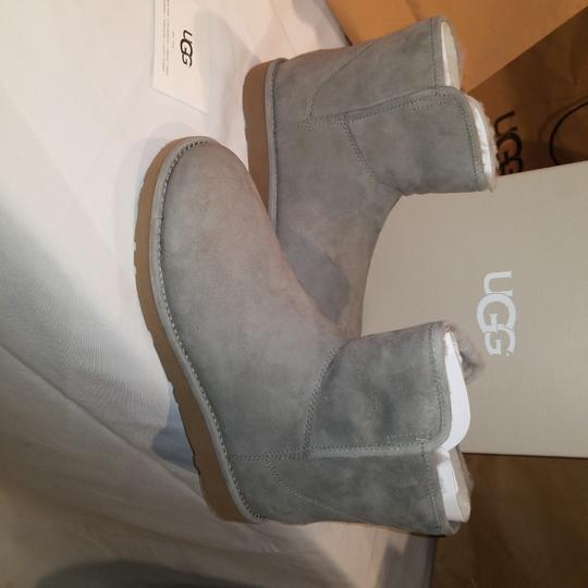 Preload https://img-static.tradesy.com/item/24480679/ugg-australia-rock-ridge-w-abree-mini-ii-water-resistant-bootsbooties-size-us-9-regular-m-b-0-0-540-540.jpg