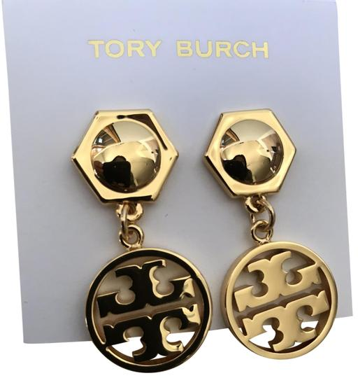Preload https://img-static.tradesy.com/item/24480696/tory-burch-gold-circle-logo-drop-earrings-0-1-540-540.jpg