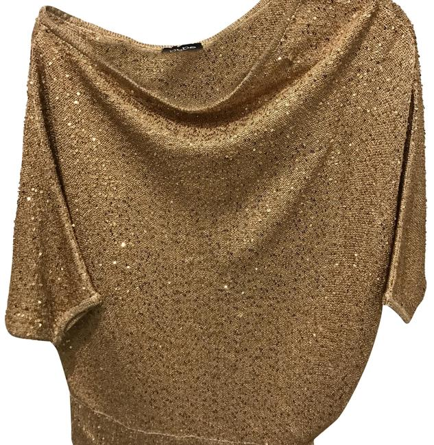 Preload https://img-static.tradesy.com/item/24480854/bebe-gold-with-sequins-off-shoulder-sexy-too-blouse-size-0-xs-0-1-650-650.jpg
