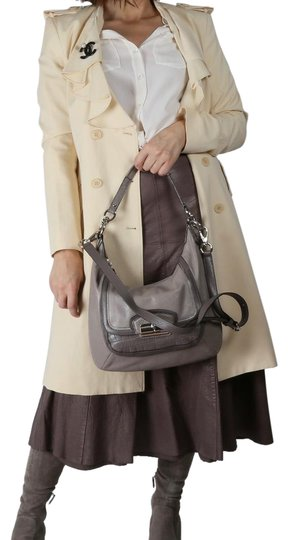 Preload https://img-static.tradesy.com/item/24480909/coach-kristin-spectator-shoulder-beige-leather-hobo-bag-0-1-540-540.jpg