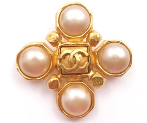 Chanel Chanel Vintage Gold Plated CC Faux Pearl Cross Brooch
