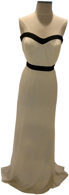 Item - White/Black Trims Style # 8164 Long Formal Dress Size 10 (M)