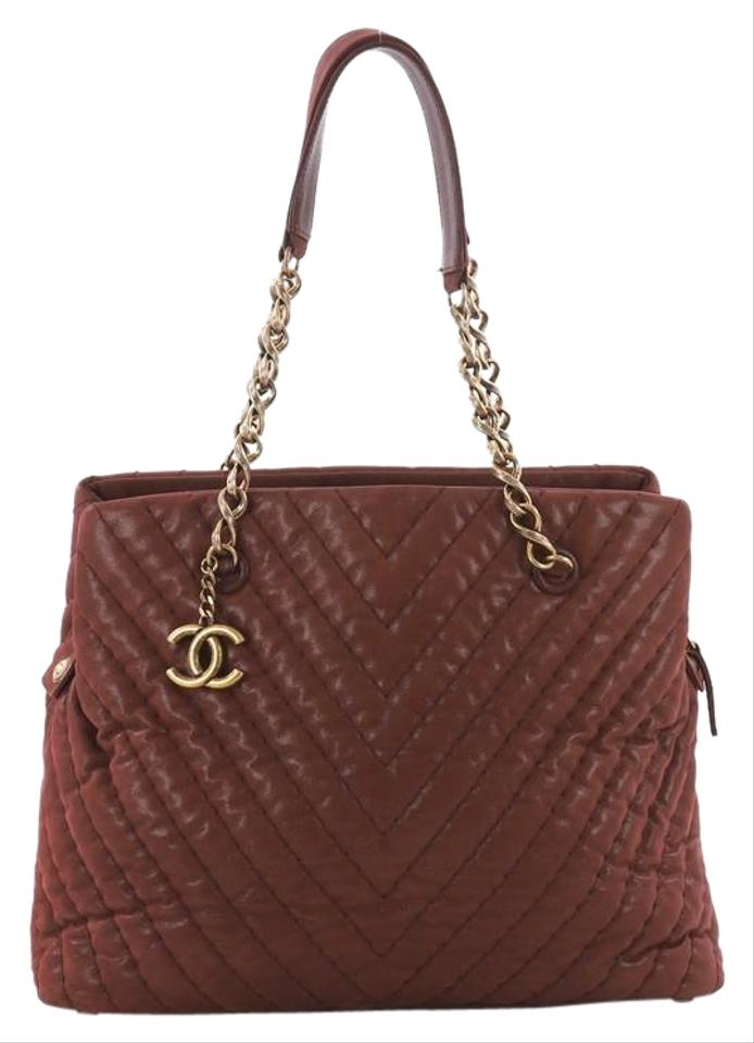a35ef49049e1 Chanel Cc Charm Chevron Iridescent Calfskin Large Burgundy Leather Tote