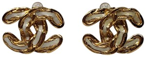 Chanel Gold-tone Chanel interlocking CC chain earrings