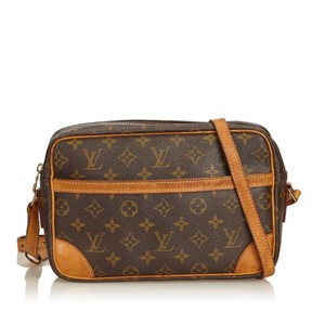 Louis Vuitton 8klvcx020 Shoulder Bag