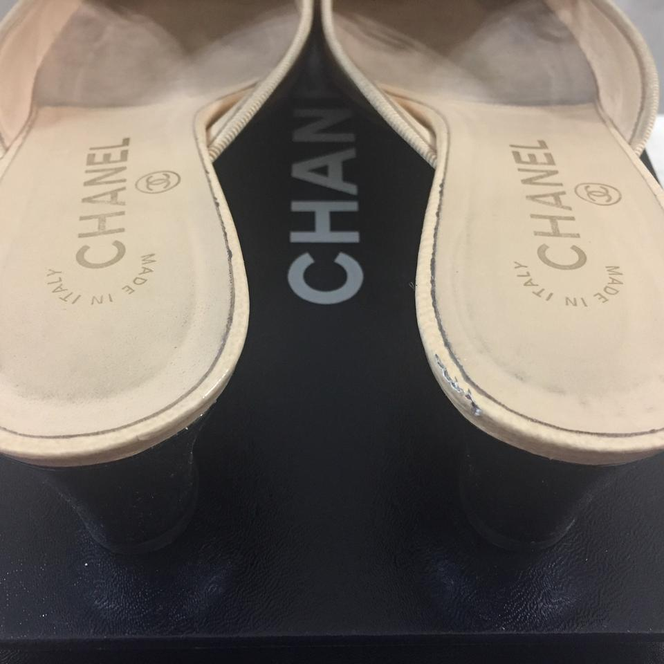 72b0268b135 Chanel Cc Classic Two Tones Mules Slides Size US 8.5 Regular (M