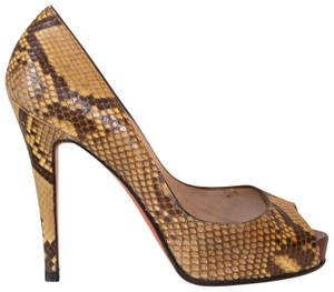 fa6c4ed1910 Christian Louboutin Very Prive Pumps - Up to 70% off at Tradesy