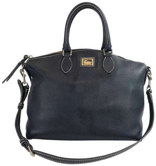 Preload https://img-static.tradesy.com/item/24486346/dooney-and-bourke-navy-shoulder-blue-leather-satchel-0-1-540-540.jpg