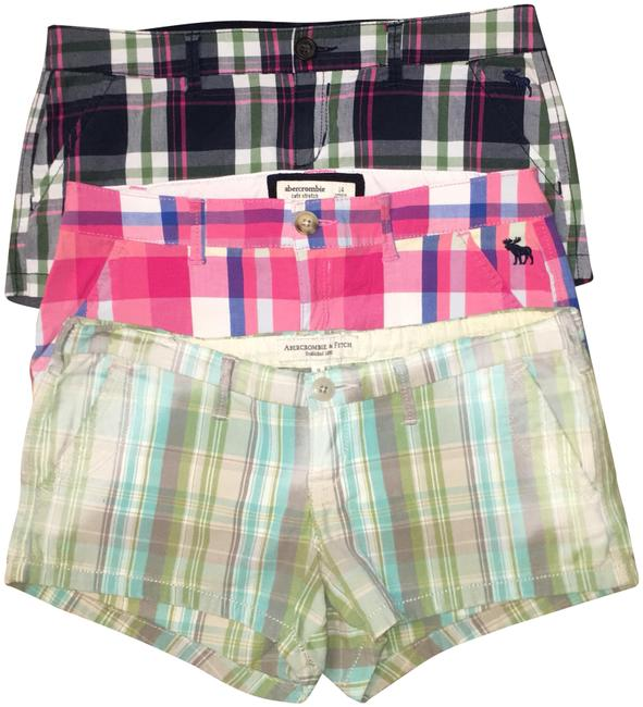 Preload https://img-static.tradesy.com/item/24486378/abercrombie-and-fitch-plaid-3-pairs-of-shorts-size-0-xs-25-0-1-650-650.jpg