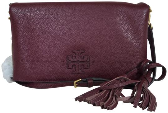 Preload https://img-static.tradesy.com/item/24486468/tory-burch-mcgraw-foldover-clutchcross-body-imperial-garnet-leather-clutch-0-1-540-540.jpg