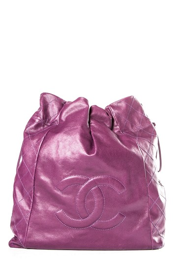 Preload https://img-static.tradesy.com/item/24486496/chanel-caviar-31-purple-leather-tote-0-0-540-540.jpg