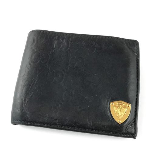 Preload https://img-static.tradesy.com/item/24486566/gucci-monogram-bifold-wallet-0-0-540-540.jpg