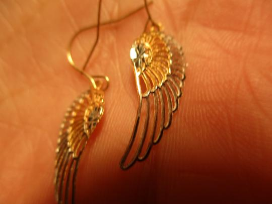 Other 14 kt gold diamond cut angle wings