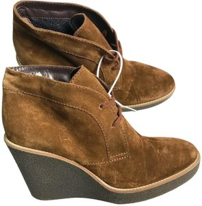 Aquatalia Wedge Suede Brown Boots