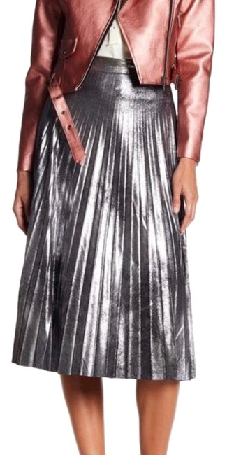 Item - Silver Romeo&juliet Pleated Skirt/S M/Nwt Skirt Size 6 (S, 28)