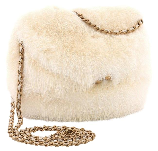 Chanel Vintage Wedding Snow Kisslock White Fur Cross Body Bag Chanel Vintage Wedding Snow Kisslock White Fur Cross Body Bag Image 1