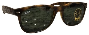 Ray-Ban 2132 New Wayfarer 902 Tortoise Shell 55mm