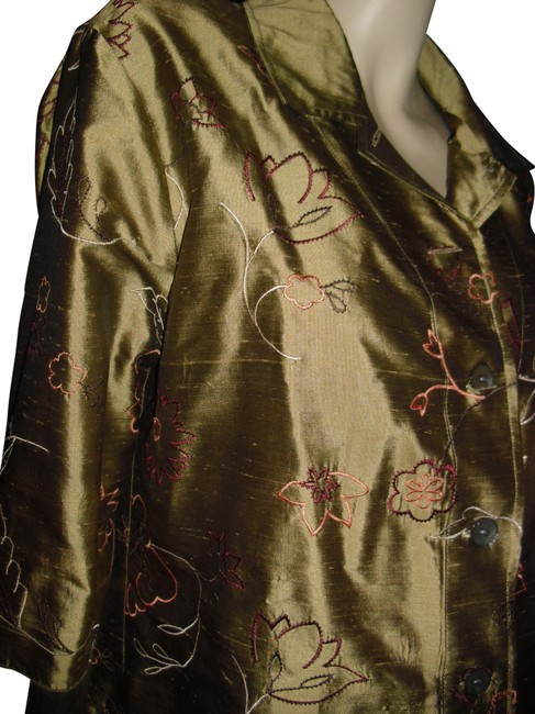 Item - Golden Liquid Silk Gold Pure Embroidered Mother-of-pearl Button-down Top Size 12 (L)