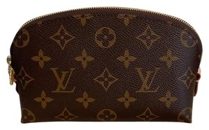 Louis Vuitton cosmetic pouch 2018