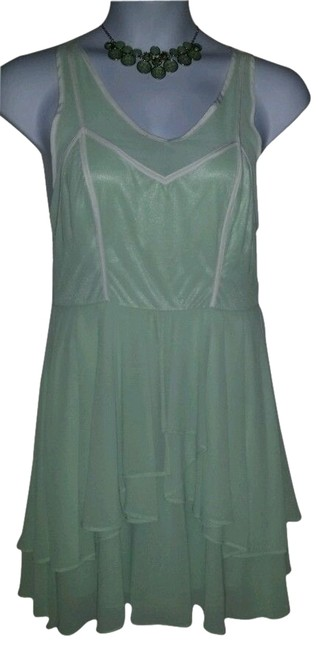 Preload https://img-static.tradesy.com/item/2448892/gianni-bini-green-and-white-layered-open-straps-knee-length-night-out-dress-size-12-l-0-1-650-650.jpg