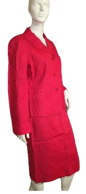 Preload https://img-static.tradesy.com/item/24488992/ellen-tracy-red-jacket-sku-000152-skirt-suit-size-8-m-0-1-650-650.jpg