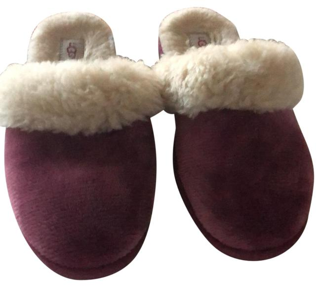 Item - Magenta Slippers Mules/Slides Size US 7 Wide (C, D)