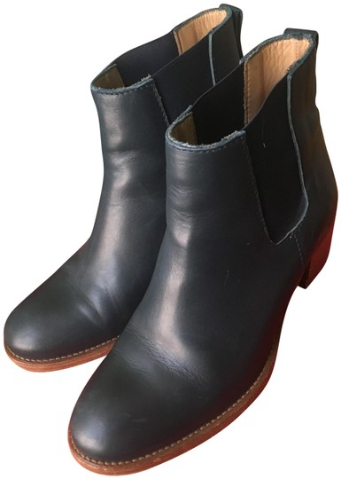Preload https://img-static.tradesy.com/item/24490016/apc-navy-chic-leather-ankle-bootsbooties-size-eu-39-approx-us-9-regular-m-b-0-1-540-540.jpg