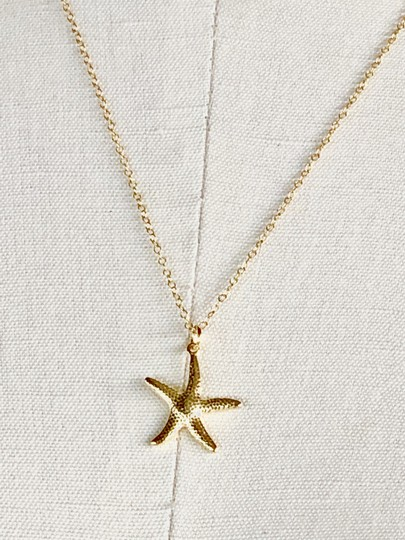 SeaglassGemsbyCherie 22k Gold Vermeil Starfish Pendant Necklace 18 inch Chain Stamped 925 Image 2