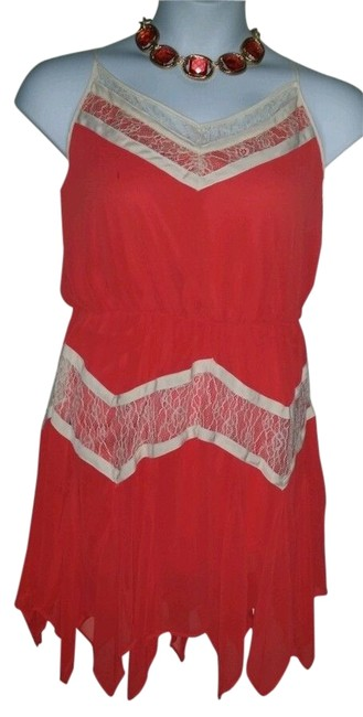 Preload https://img-static.tradesy.com/item/2449093/gianni-bini-coral-and-white-with-hankerchief-bottom-knee-length-cocktail-dress-size-12-l-0-0-650-650.jpg