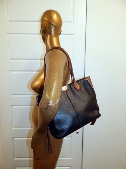 Brighton Zip Leather Expandible Tote in Black Image 1