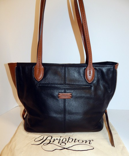 Brighton Zip Leather Expandible Tote in Black Image 10