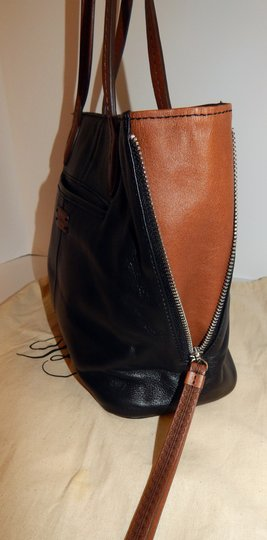 Brighton Zip Leather Expandible Tote in Black Image 5