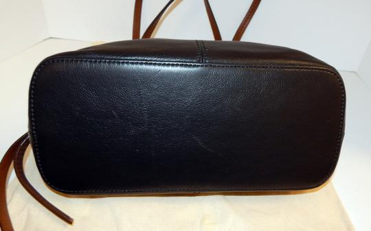 Brighton Zip Leather Expandible Tote in Black Image 9