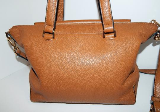 Michael Kors Luggage Leather Convertible Tote in Brown Image 5