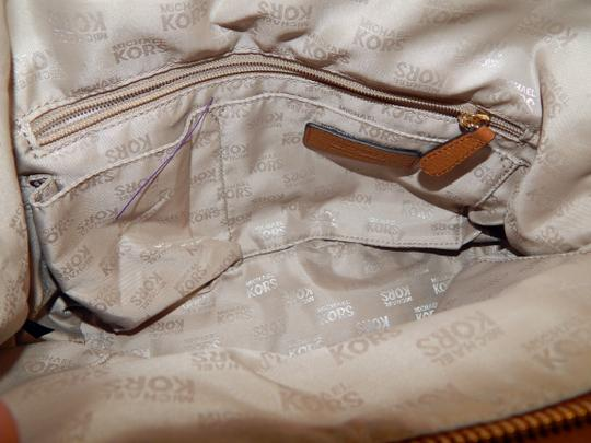 Michael Kors Luggage Leather Convertible Tote in Brown Image 6