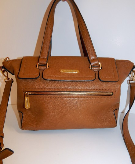 Michael Kors Luggage Leather Convertible Tote in Brown Image 8