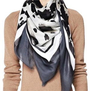Burberry Black and white animal print square lightweight