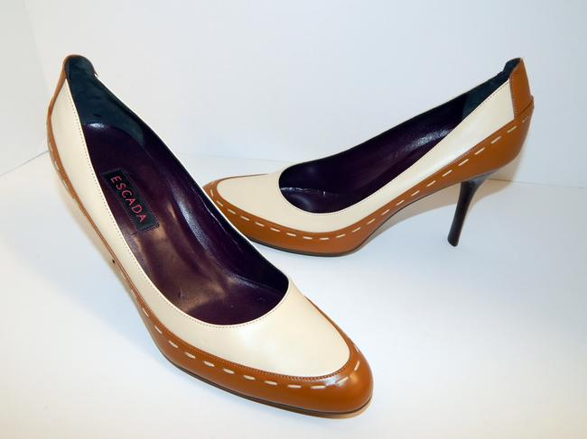 Escada Brown Ivory Two Tone Leather Pumps Size EU 39.5 (Approx. US 9.5) Regular (M, B) Escada Brown Ivory Two Tone Leather Pumps Size EU 39.5 (Approx. US 9.5) Regular (M, B) Image 12